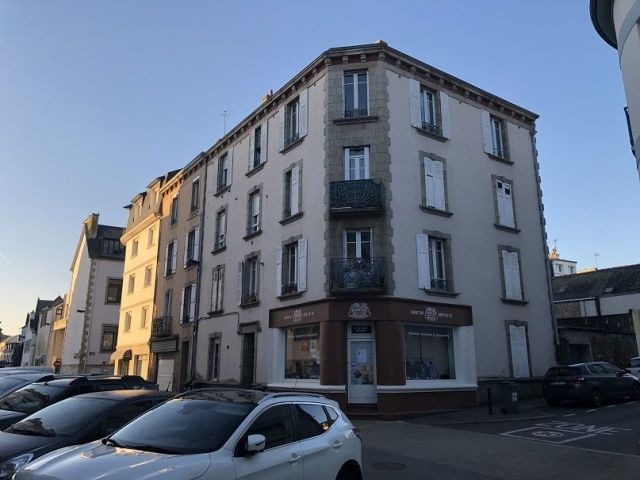 LOCAL COMMERCIAL - CENTRE VILLE DE CONCARNEAU - REF G88
